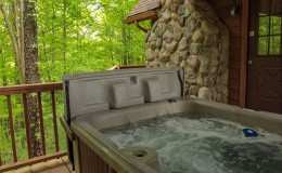 elk-secluded-hot-tub