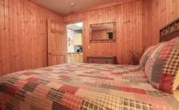 falls-cabin-bedroom
