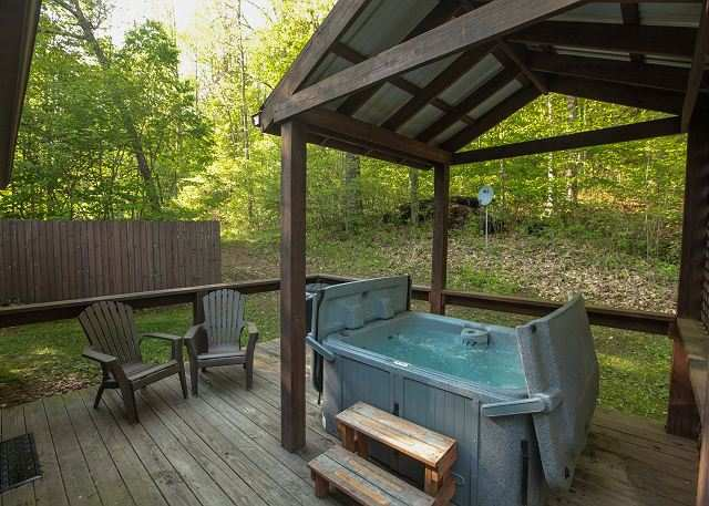 Ohio 39 s romantic cabins secluded romantic hocking hills Getawaycabins com