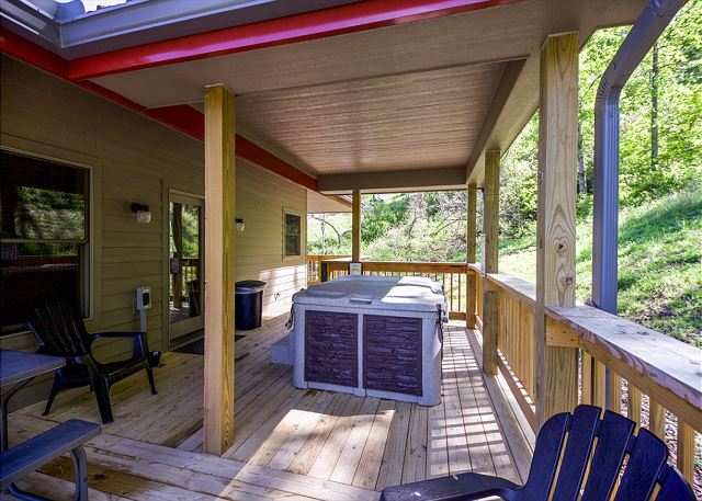 Ohio's Romantic Cabins - Secluded Romantic Hocking Hills Cabins